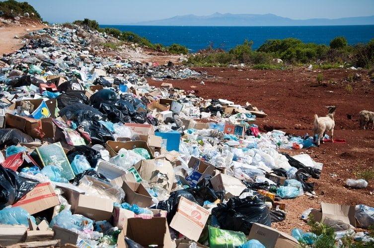 L'Italia spedisce tonnellate di rifiuti illeciti in Malesia