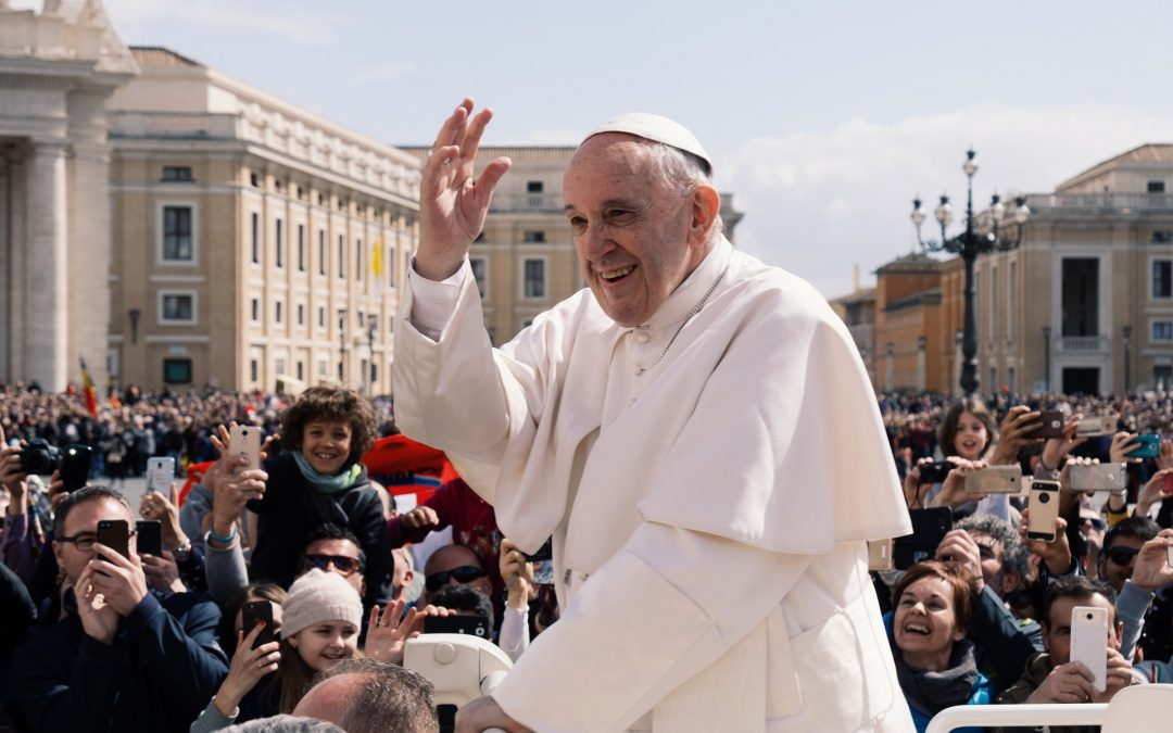"""Papa Francesco: """"Vaticano a emissioni zero entro il 2050"""" [VIDEO]"""