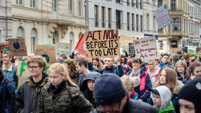 Storica sentenza della Corte costituzionale: la legge tedesca sul clima è insufficiente