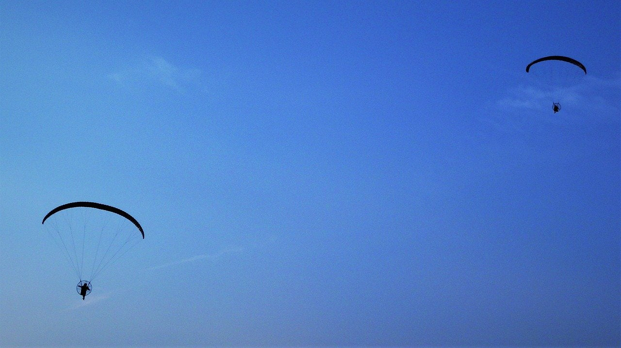 stratosfera-paracadute-immagine